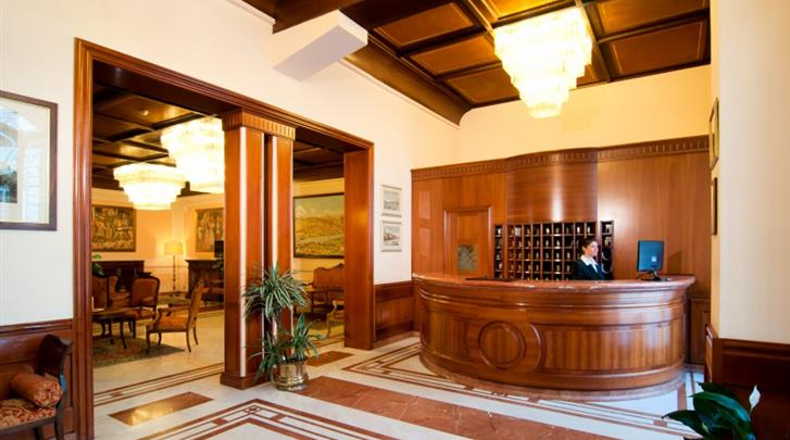 Florence, Hotel Pierre, Receptie