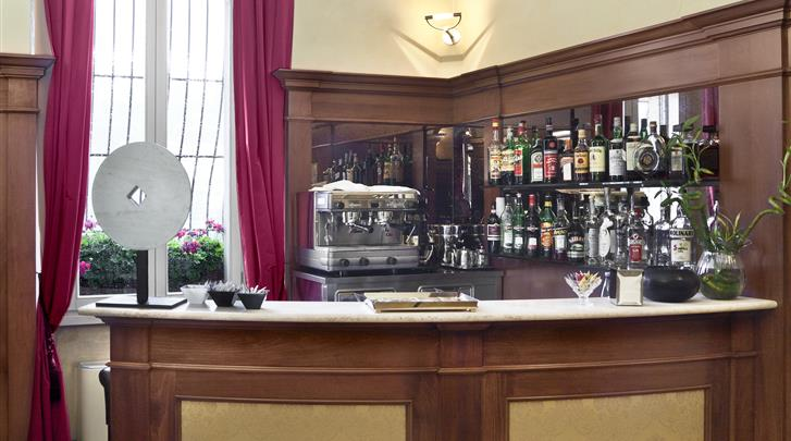 Florence, Hotel River, Hotel bar