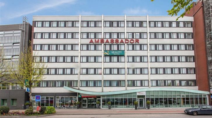 Hamburg, Hotel Quality Ambassador Hamburg, Façade hotel