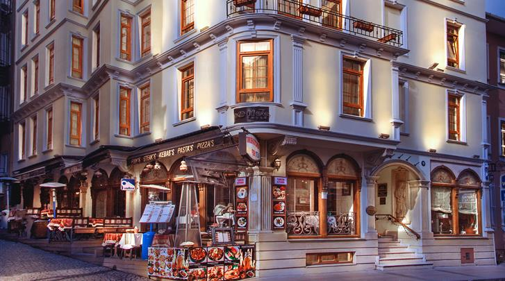 Istanbul, Hotel Best Western Empire Palace, Façade hotel
