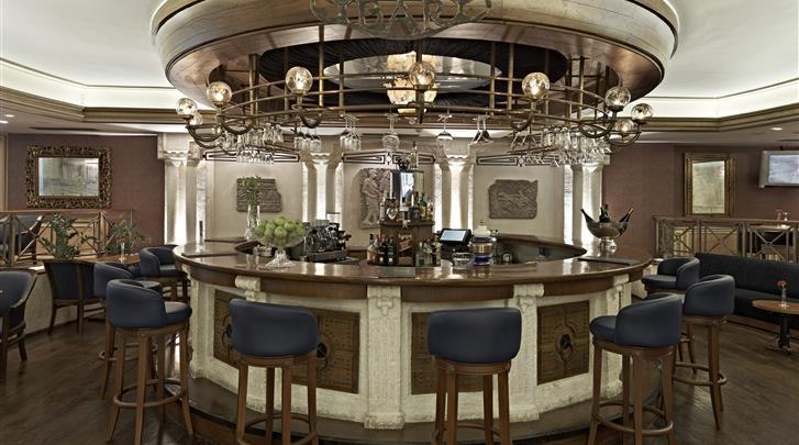 Istanbul, Hotel Senator, Hotel bar