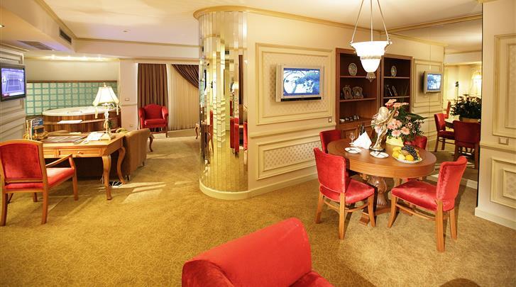 Istanbul, Hotel Senator, Lobby