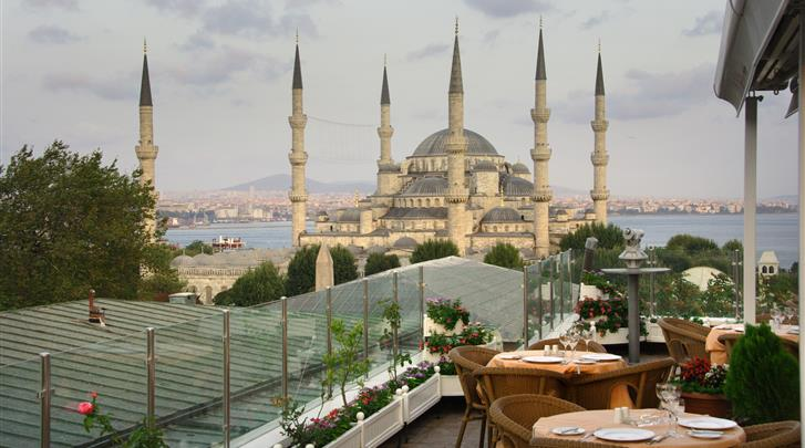 Istanbul, Hotel Lady Diana, Dakterras met restaurant
