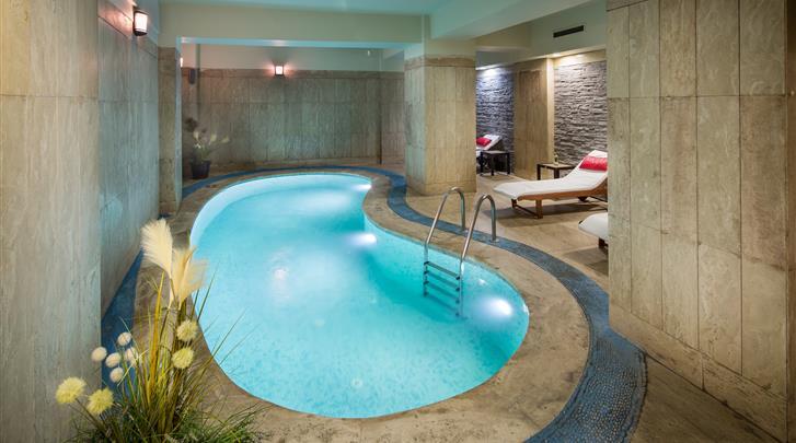 Istanbul, Hotel Orka Royal, Binnenzwembad