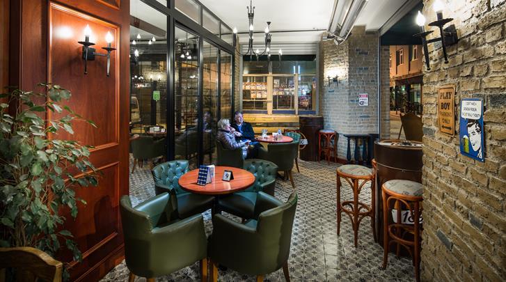 Istanbul, Hotel Orka Royal, Hotel bar