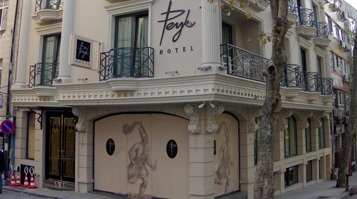 Istanbul, Hotel Peyk, Façade hotel
