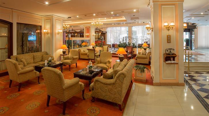 Istanbul, Hotel Yigitalp, Lobby