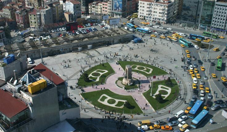 Istanbul, Taksimplein