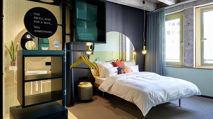 Keulen, Hotel 25hours The Circle, Medium kamer