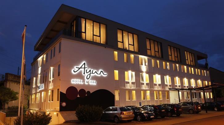 Keulen, Hotel Centro Ayun, Façade hotel
