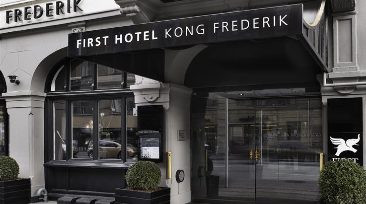Kopenhagen, First Hotel Kong Frederik, Façade hotel
