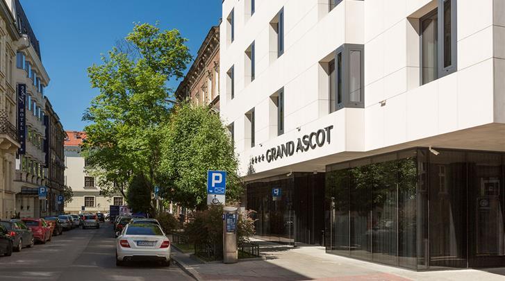 Krakau, Hotel Grand Ascot, Façade hotel