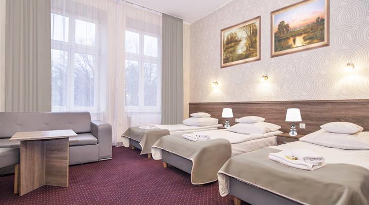 Krakau, Hotel Maximum, Voorbeeld meerpersoonskamer