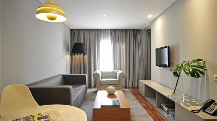 Lissabon, Aparthotel Altis Prime, 2 - kamerappartement Superior woonkamer
