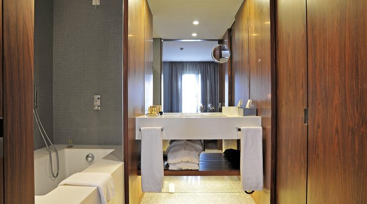 Lissabon, Aparthotel Altis Prime, Appartement badkamer