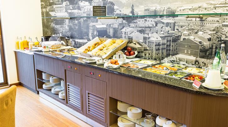 Lissabon, Aparthotel Legendary Lisboa Suites, Ontbijtbuffet