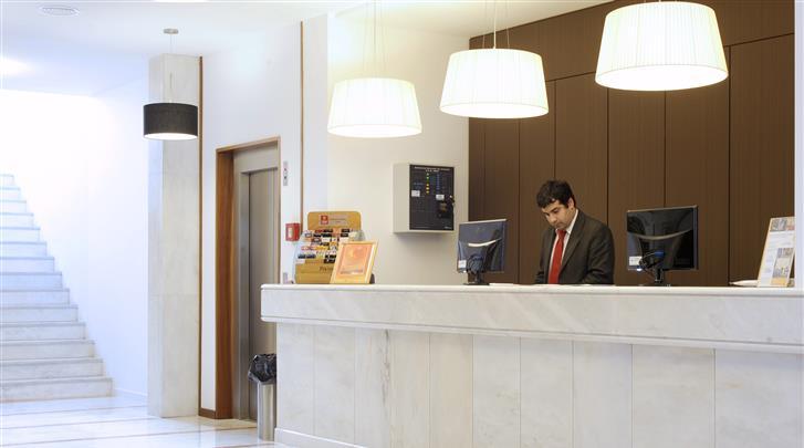 Lissabon, Aparthotel Legendary Lisboa Suites, Receptie