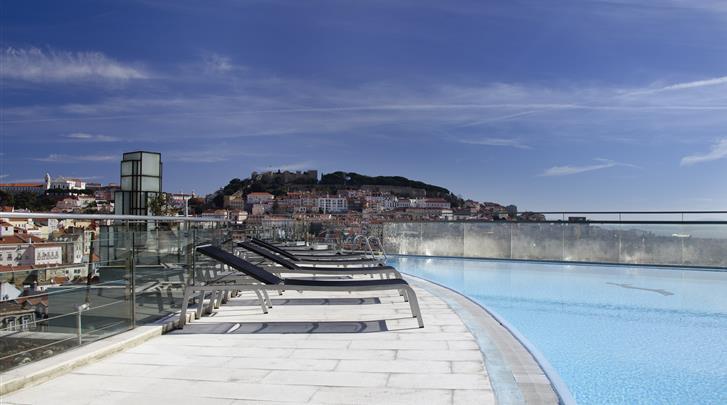 Lissabon, Aparthotel VIP Executive Eden, Dakterras met zwembad