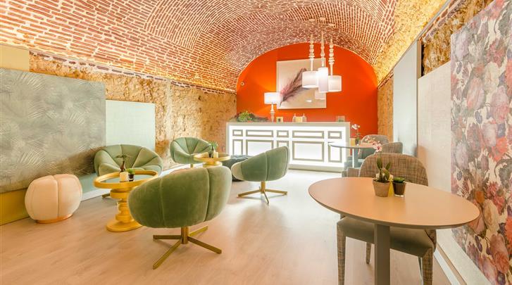Lissabon, Hotel Chiado Borges, Zitruimte