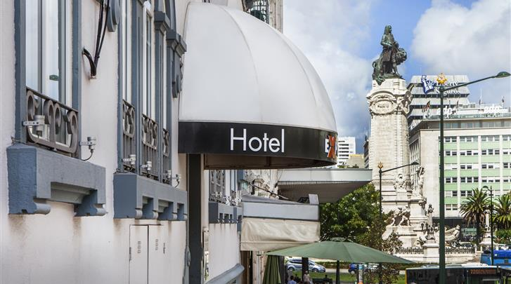 Lissabon, Hotel Expo Astoria, Ingang