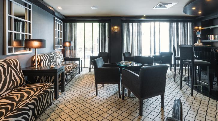 Lissabon, Hotel Lisboa, Hotel bar