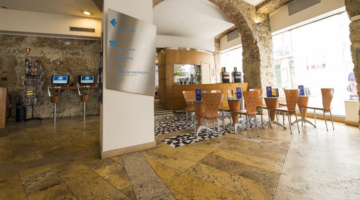 Lissabon, Hotel Lisboa Tejo, Hotel bar