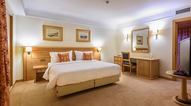 Lissabon, Hotel Real Palacio, Suite