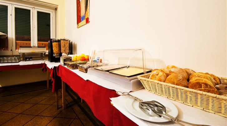 Lissabon, Residencial Lar Do Areeiro, Ontbijtbuffet