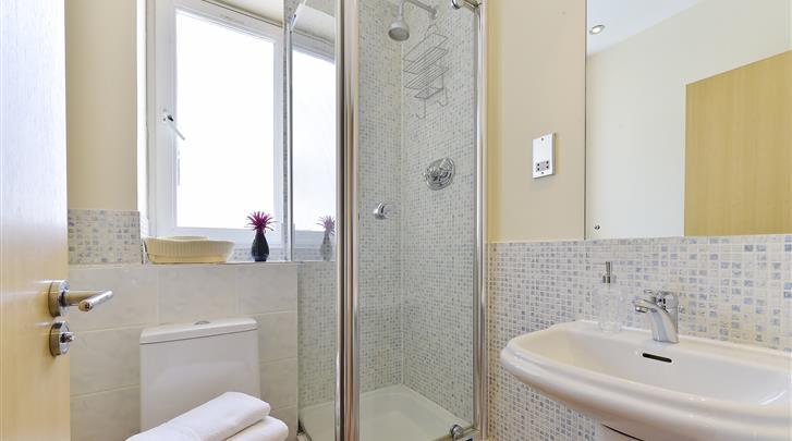 Londen, Apartments Camden Area, Appartement badkamer