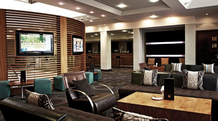 Londen, Hotel Copthorne & Millennium at Chelsea Football Club, Hotel bar