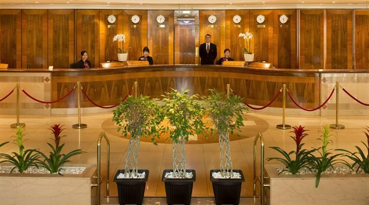 Londen, Hotel Copthorne Tara, Receptie