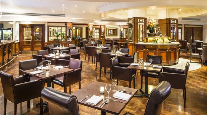 Londen, Hotel Copthorne Tara, Restaurant-Bar
