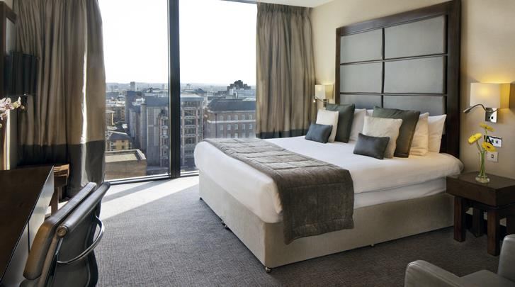 Londen, Hotel Leonardo Royal London Tower Bridge, Superior kamer