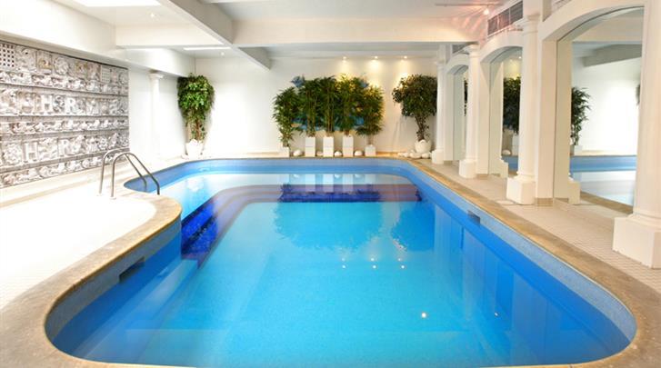 Londen, Hotel Henry VIII, Zwembadje