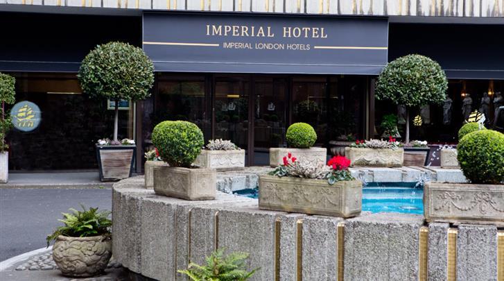 Londen, Hotel Imperial, Façade hotel