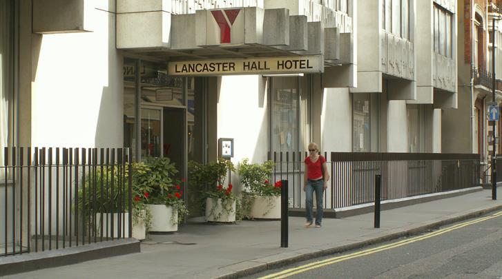 Londen, Hotel Lancaster Hall, Façade hotel