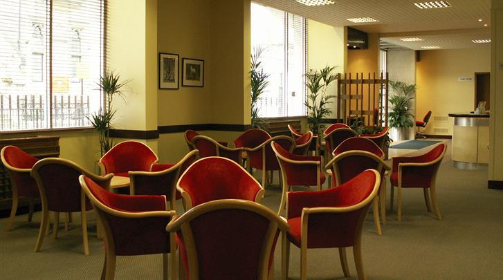 Londen, Hotel Lancaster Hall, Lobby