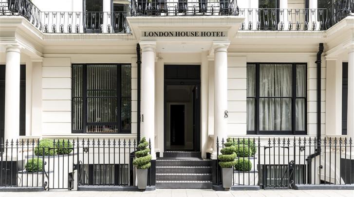 Londen, Hotel London House, Façade hotel