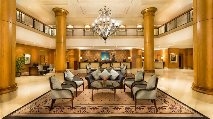 Londen, Hotel Millennium Gloucester, Lobby