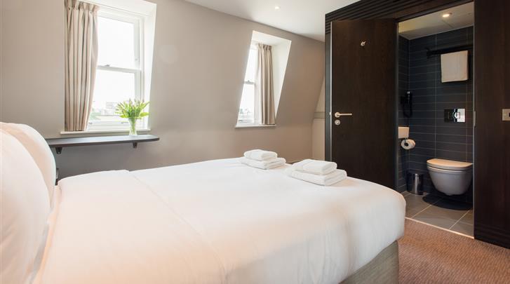 Londen, Hotel Mowbray Court, Standaard kamer