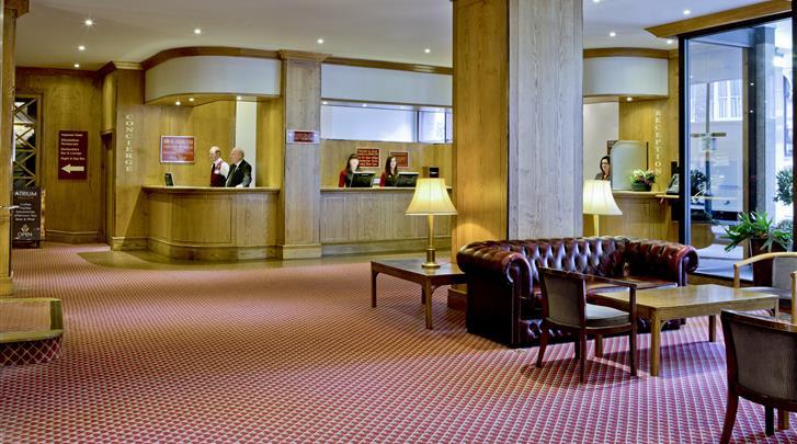 Londen, Hotel President, Receptie