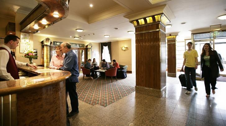 Londen, Hotel Tavistock, Receptie