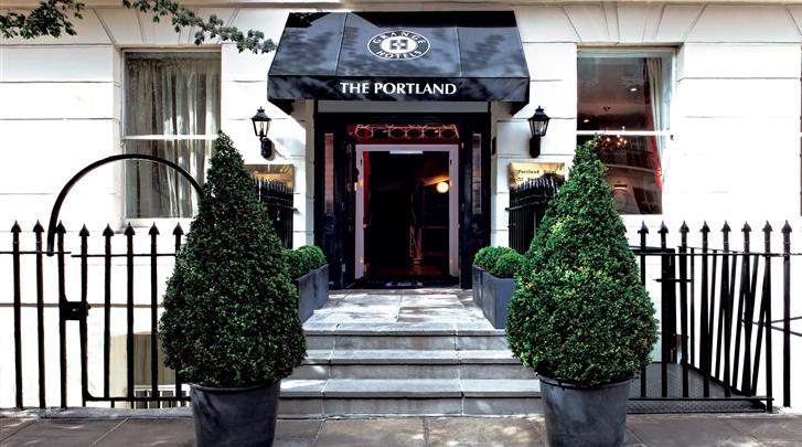 Londen, Hotel The Portland, Façade hotel