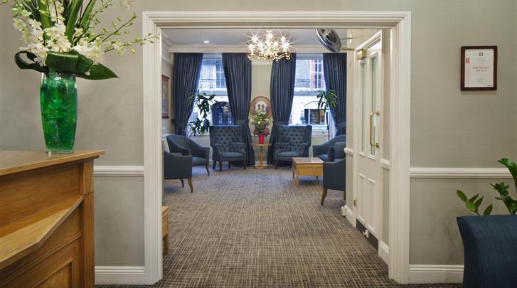Londen, Hotel The Portland, Receptie