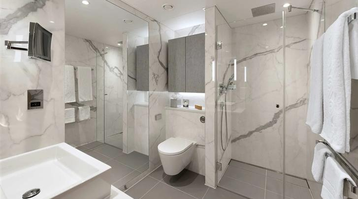 Londen, Hotel Tower Suites by Blue Orchid, Badkamer