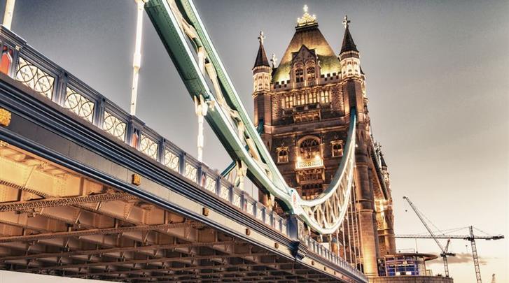 Londen, Hotel Tower Suites by Blue Orchid, Op loopafstand van de Tower Bridge