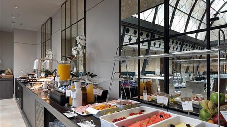 Madrid, Hotel Eurostars Casa de la Lirica, Ontbijtbuffet