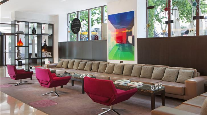 Madrid, Hotel ME Madrid Reina Victoria, Lobby