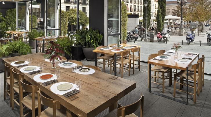 Madrid, Hotel ME Madrid Reina Victoria, Restaurant