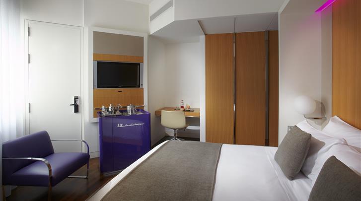 Madrid, Hotel ME Madrid Reina Victoria, Standaard kamer